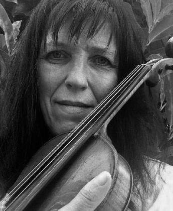 Musiklehrerin: Christine Bier